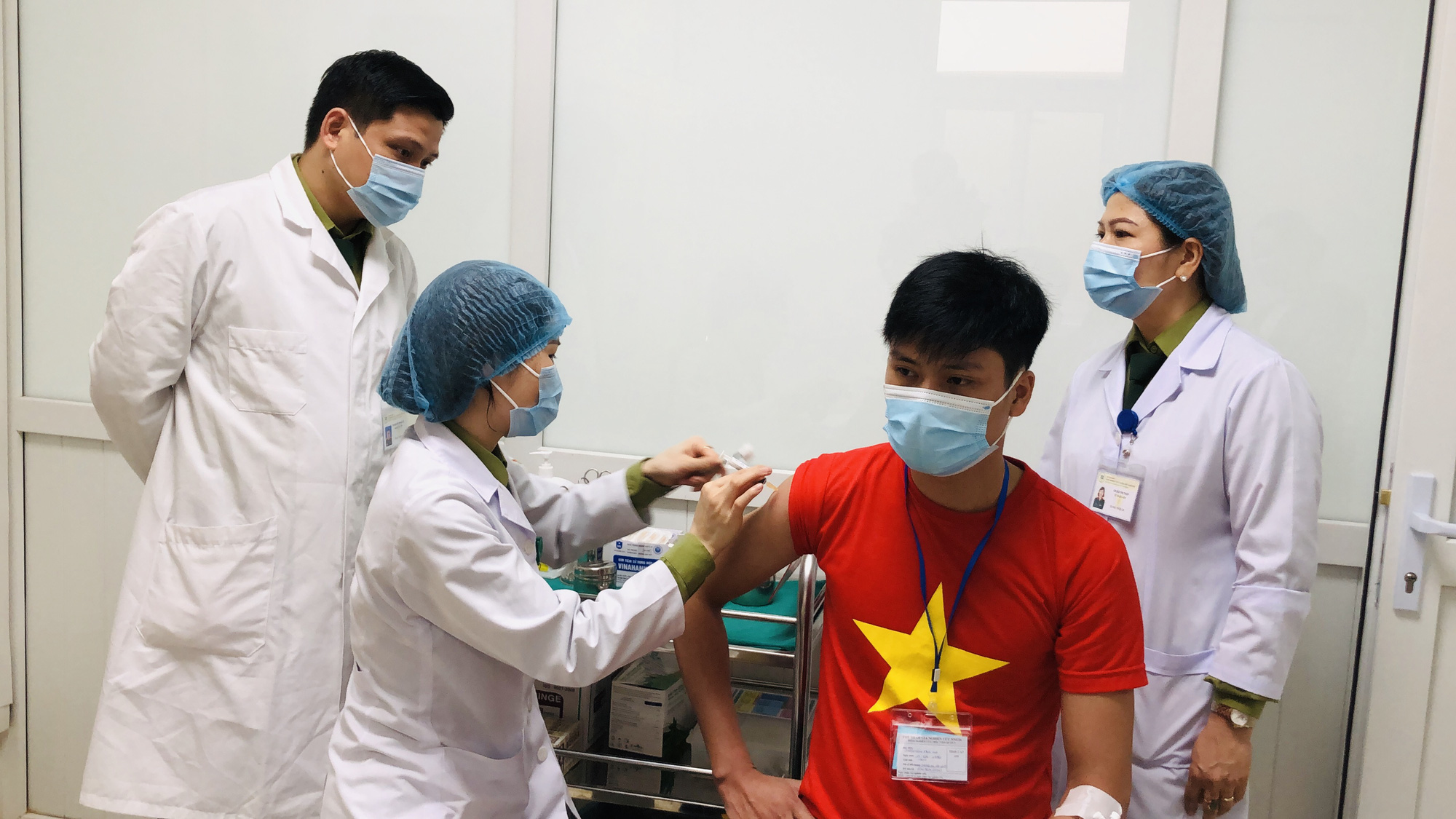 Cuối tháng 8, Việt Nam xem xét cấp phép khẩn cấp vắc-xin Nano Covax - Báo Người lao động