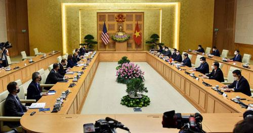 Phó Tổng thống Mỹ thăm Việt Nam: Việt - Mỹ duy trì chuỗi cung ứng sản xuất - Ảnh 1.