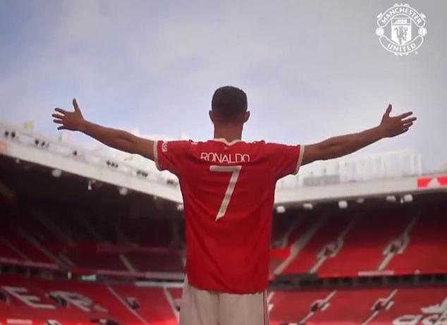 Áo số 7 đạt doanh số cực khủng, Ronaldo gây sốt Giải Ngoại hạng Anh - Ảnh 5.