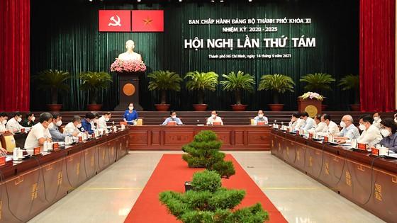 Thủ tướng đồng ý để TP HCM giãn cách thêm 2 tuần - Ảnh 1.