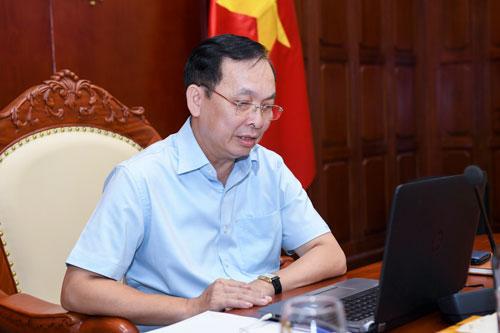 8-ong-Dao-Minh-Tu