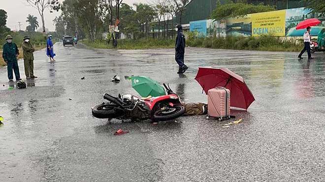 Đôi nam nữ bị sét đánh tử vong trên đường khi đang đi xe máy - Ảnh 1.