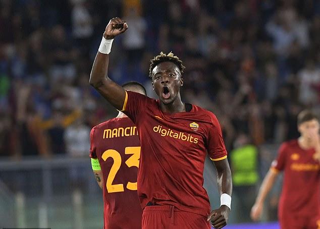 AS Roma thắng đậm CSKA Sofia, mừng trận cầu 1.001 của HLV Jose Mourinho - Ảnh 5.