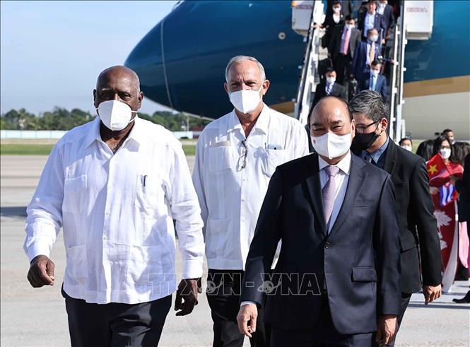 Chủ tịch nước Nguyễn Xuân Phúc đến Cuba - Ảnh 2.