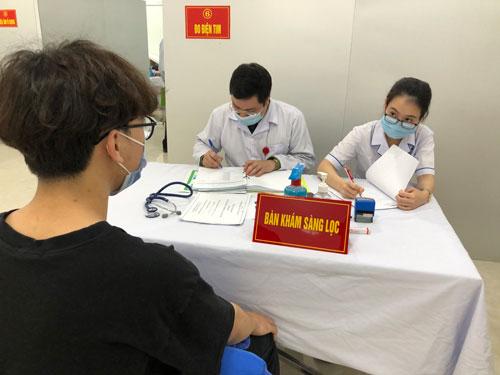 Vắc-xin Covid-19 Việt Nam sẽ về đích sớm - Ảnh 1.