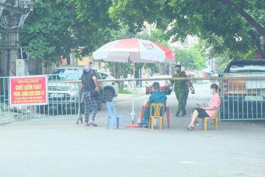 Hà Nội thực hiện nghiêm giãn cách xã hội trong ngày Quốc khánh 2-9 - Ảnh 24.