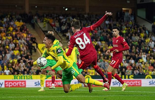 Sao trẻ lập công, Man City và Liverpool dội mưa bàn thắng ở League Cup - Ảnh 7.