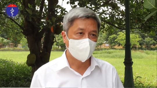 Thứ trưởng Bộ Y tế Nguyễn Trường Sơn tiếp tục kêu gọi người dân TP HCM tự test nhanh Covid-19 tại nhà - Ảnh 2.