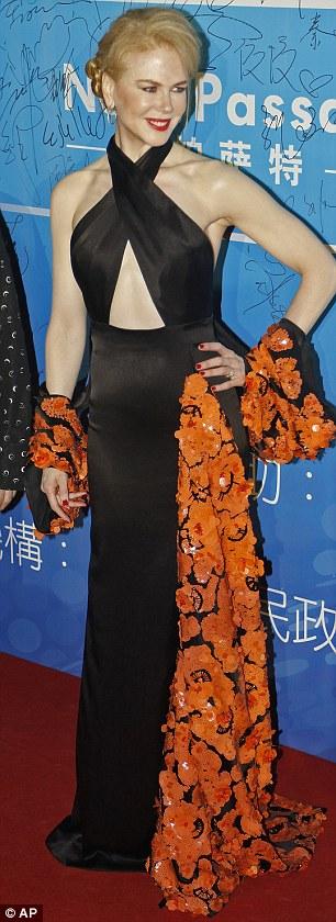 Nicole Kidman sánh đôi cùng Thành Long