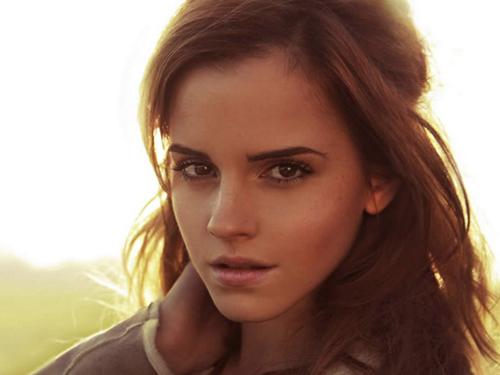 Người đẹp Camilla Belle được bình chọn có gương mặt xinh đẹp thứ hai sau  Emma. Cô xuất hiện trong danh sách bầu chọn từ năm 2005 và liên tục giữ  những ...