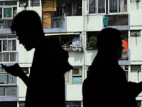 Kết quả hình ảnh cho nhà đất Hồng Kông ma ám