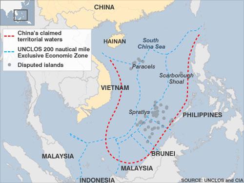 Đường lưỡi bò (màu đỏ) xâm phạm vùng đặc quyền kinh tế 200 hải lý theo UNCLOS(giới hạn bằng đường màu xanh). Nguồn: UNCLOS - CIA
