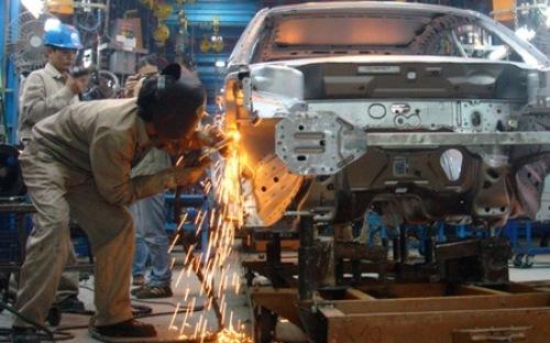 Ngành công nghiệp ôtô bao gồm cả xe lắp ráp/sản xuất nội địa (CKD) và xe nhập khẩu (CBU) đã phục hồi và vượt mốc kỷ lục doanh số năm 2009 (160.000 xe) trong tháng 9/2015.