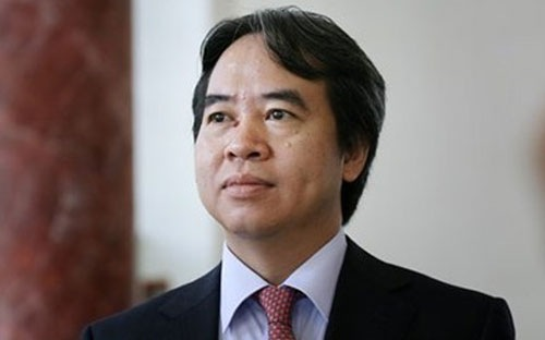 Theo Thống đốc Nguyễn Văn Bình, nếu làm nhanh, hạ giá bán thấp để kích thích người mua, đẩy nhanh xử lý nợ xấu thì có thể dẫn đến tài sản của hàng nghìn doanh nghiệp bị bán rẻ và lâm vào tình trạng khó khăn hơn, người lao động mất việc làm.