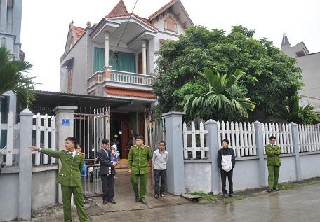 Lực lượng công an có mặt giải quyết vụ việc