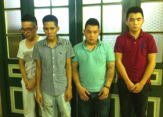 4 quái xế bị tạm giữ tại cơ quan điều tra