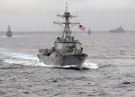 Tàu USS Lassen ở Thái Bình Dương. Ảnh: Reuters
