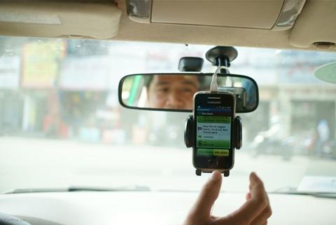 Sở Giao thông Vận tải Hà Nội lo ngại việc không giới hạn số lượng xe sử dụng phần mềm gọi xe sẽ khiến gia tăng ùn tắc giao thông.