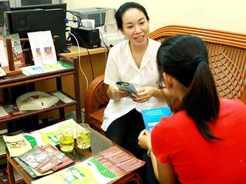 Khám sức khỏe tiền hôn nhân được luật hóa với nhiều quy định trong dự thảo Luật Dân số