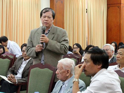 Các đại biểu phát biểu tại hội thảo Ảnh: THU HÀ