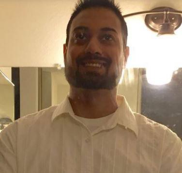 Những người sống sót sau vụ xả súng và nghi phạm Syed Rizwan Farook (ảnh nhỏ) Ảnh: AP, FACEBOOK
