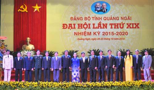 Ban Thường vụ Tỉnh ủy Quảng Ngãi khóa XIX, nhiệm kỳ 2015-2020. Ảnh: Báo Quảng Ngãi