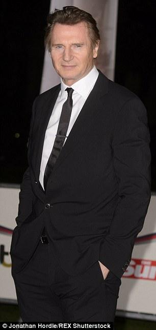 Liam phong độ trong quảng bá phim