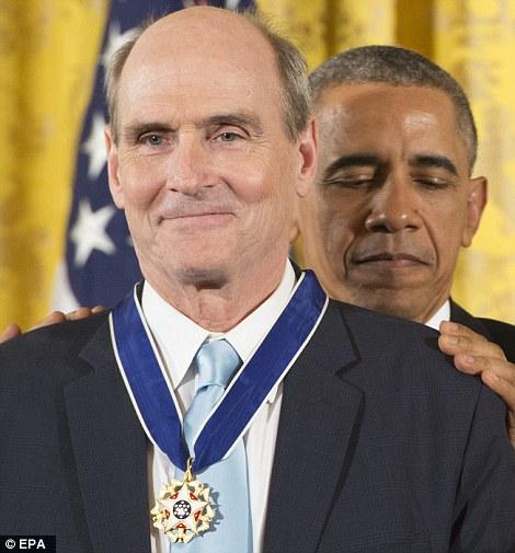 James Taylor được trao huân chương