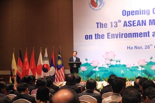 Thủ tướng Nguyễn Tấn Dũng tin tưởng hội nghị các Bộ trưởng Môi trường ASEAN sẽ đề ra kế hoạch hợp tác thiết thực nhằm bảo đảm bền vững môi trường