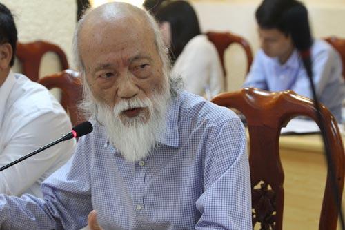 PGS Văn Như Cương đề nghị giao kỳ thi tốt nghiệp THPT cho sở GD-ĐT Ảnh: Yến Anh