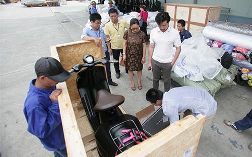 Xe tay ga đắt nhất thế giới của Vespa về Việt Nam 3