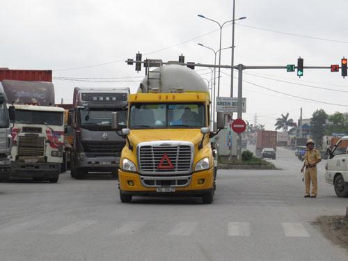 Doanh thu đường cao tốc Hà Nội - Hải Phòng sẽ tăng mạnh do hạn chế phương tiện lưu thông trên Quốc lộ 5 Ảnh: Trọng Đức