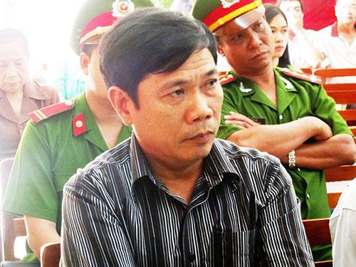 Bị cáo Lê Đức Hoàn tại phiên tòa bị hoãn ngày 27-11