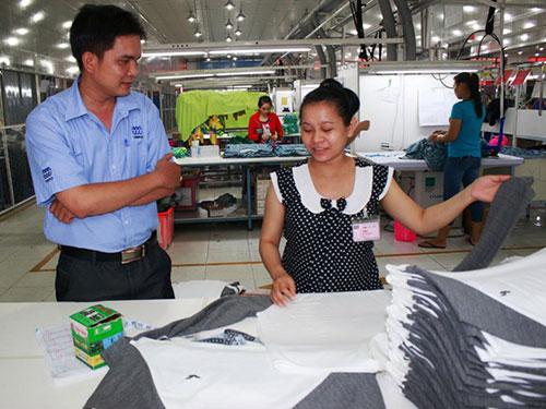 Công ty TNHH May mặc Triple Việt Nam (huyện Củ Chi, TP HCM) luôn tạo điều kiện cho hoạt động Công đoàn