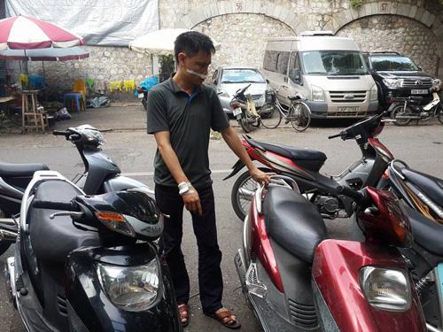 Anh Nguyễn Hữu Phong thuật lại tại nơi xảy ra vụ việc