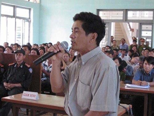 Ông Cao Văn Hùng tại một phiên tòa xử ông Huỳnh Văn Nén trước đây