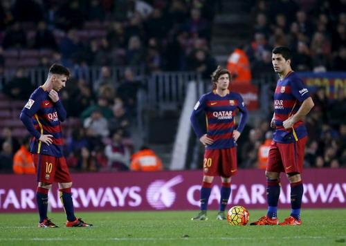 Barcelona không tin vào mắt mình khi thua 2 bàn trong 13 phút cuối