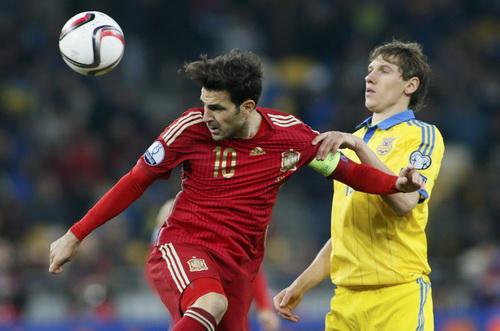 Cesc Fabregas có trận đấu thứ 100 cho Tây Ban Nha