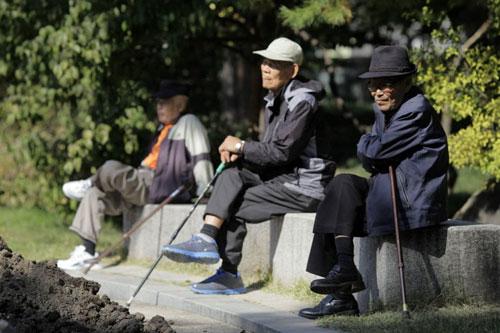 Hàn Quốc có 13% dân số là người từ 65 tuổi trở lên Ảnh: BLOOMBERG