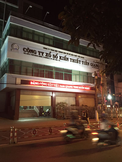 """Công ty TNHH MTV Xổ số Kiến thiết tỉnh Tiền Giang - đơn vị tài trợ chính cho nhiều chuyến """"học tập kinh nghiệm"""" ở nước ngoài của cán bộ tỉnh"""