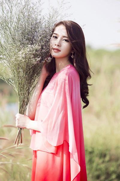 """Hoa hậu Đặng Thu Thảo, nạn nhân đầu tiên của những kẻ """"buôn sao"""", đã lên tiếng tố cáo. (Ảnh do nhân vật cung cấp)"""