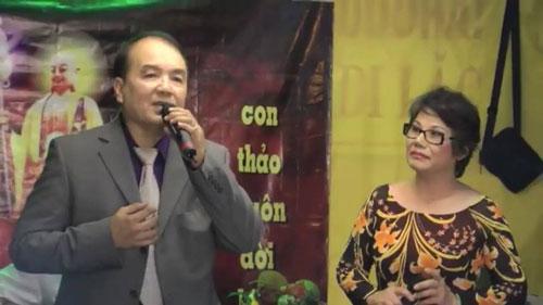Vợ chồng nghệ sĩ Minh Tâm, Tài Lương trong chương trình văn nghệ phục vụ cộng đồng