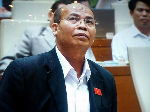 ĐB Đỗ Văn Đương kiến nghị cho phép TP HCM kéo dài thời gian cai nghiện Ảnh: Nguyễn Nam
