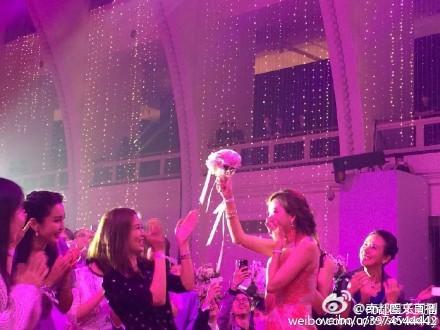 Lâm Chí Linh chụp được hoa cưới