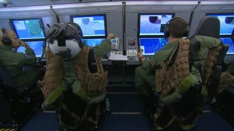 Máy bay săn ngầm P8-A Poseidon từng tuần tra biển Đông. Ảnh: CNN