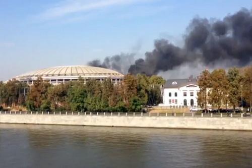 Đám cháy lớn được nhìn thấy từ xa