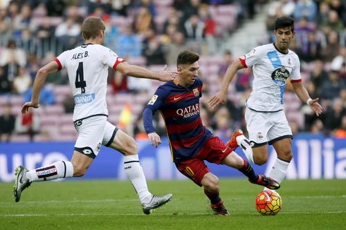 Messi chơi xông xáo sau khi vừa bình phục chấn thương