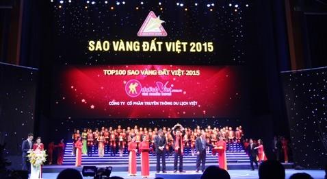 Du lịch Việt được trao giải thưởng Sao vàng đất Việt 2015 vào sáng 4-10