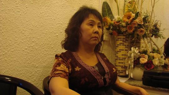 Nghệ sĩ Hoàng Lan có nguy cơ bị mù mắt. Cô được nhiều đồng nghiệp tổ chức đêm nhạc hỗ trợ kinh phí chữa bệnh. Ảnh: M.Nga