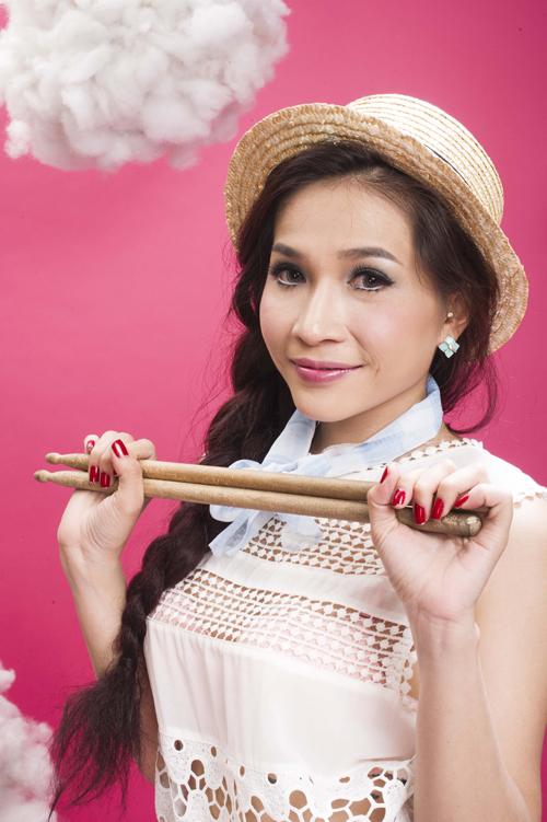 Diễn viên Khả Như trên sân khấu Nhà hát Thế giới trẻ